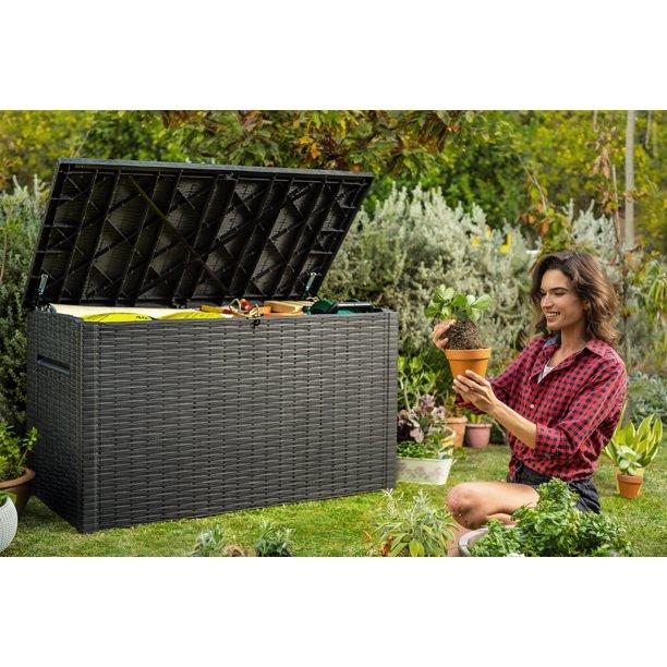 Patio Garden In 2020 Deck Box Outdoor Deck