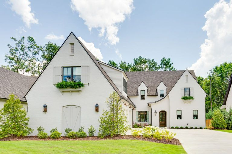 Tour this Designer's Timeless Home Design SC Home in