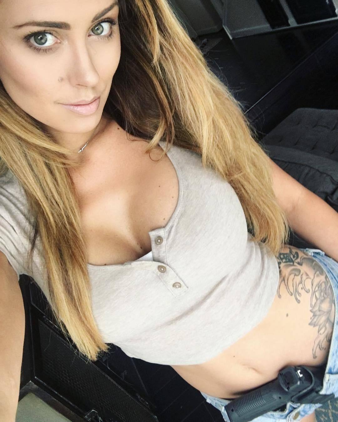 Is a cute Charissa Littlejohn nudes (74 photo), Tits, Is a cute, Feet, cleavage 2006