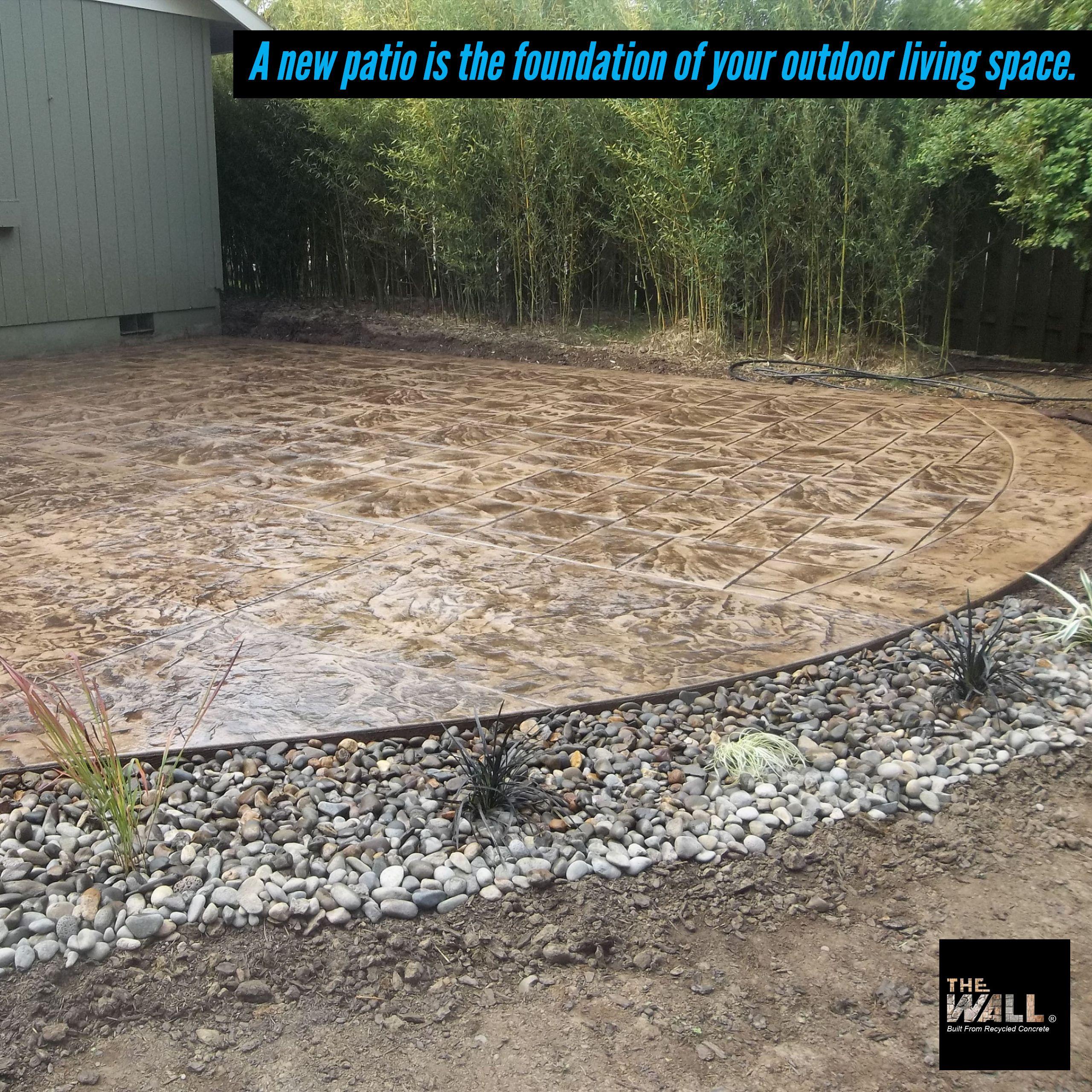 Outdoorliving Design Summer Homedecor Backyard Garden Landscaping Outdoor Home Patioseason Concrete Retaining Walls Recycled Concrete Concrete Wall