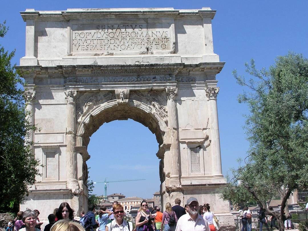 2005 Italy/Rome. The Titus Arch.
