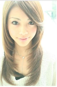Layered With Side Swept Bangs Hair And Make Up Pinterest Asian