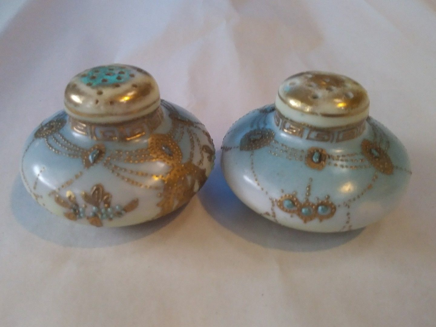 Gorgeous Vintage 2 Blue & Gold Gilt Salt and Pepper Unmarked  Stoppers intact