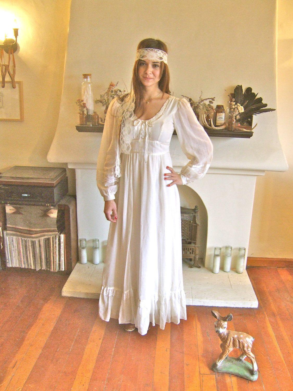 Pin by fernanda lima on para dani pinterest white gowns wedding