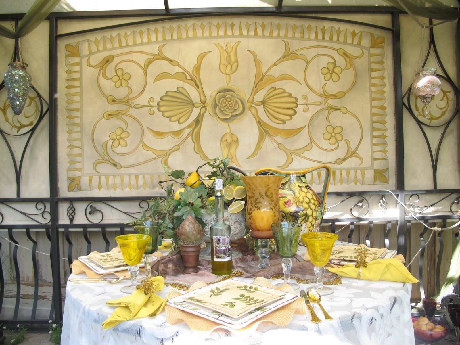 Tuscan Tablescape | Tuscan Tablescape | SCAPING TABLES | Pinterest ...