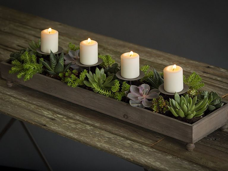 39 Pretty Wedding Centerpieces For Every Style Candle Centerpieces For Home Wedding Table Centerpieces Diy Table Centerpieces For Home