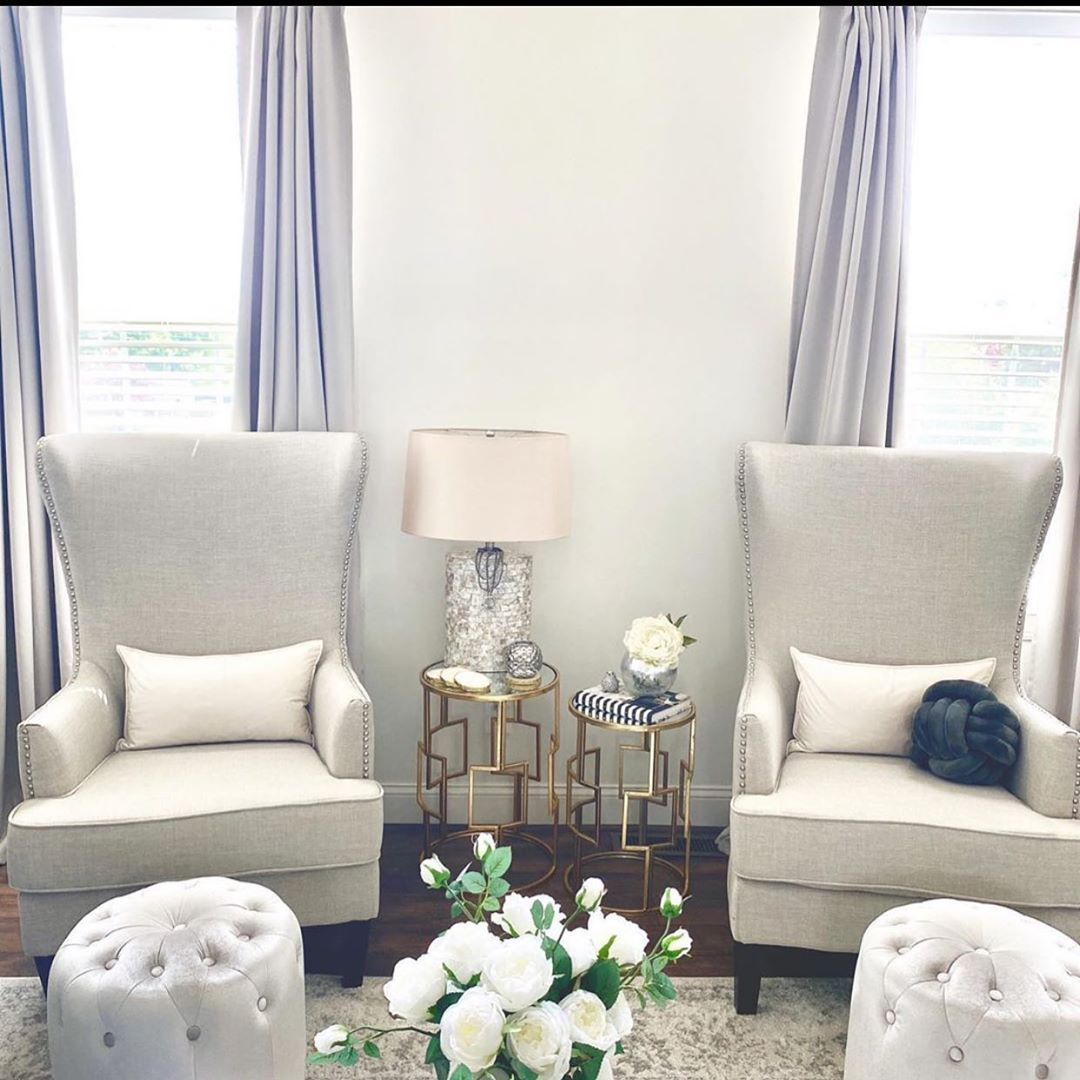 When you love all your white 😍😍😍😍🙌🏻🙌🏻🙌🏻 for Kings and queens  __________________________________________________________________________________________________________________________  #lagos #nigeria #nigeriaproperties #property #realestate #realtor #realty #broker #newhome #househunting #milliondollarlisting #lagoslandlord #homesale #homesforsale #properties #investment #home #housing #listing #mortgage #homeinspection #creditreport #propertydevelopment #wallpapers #interiordesign #