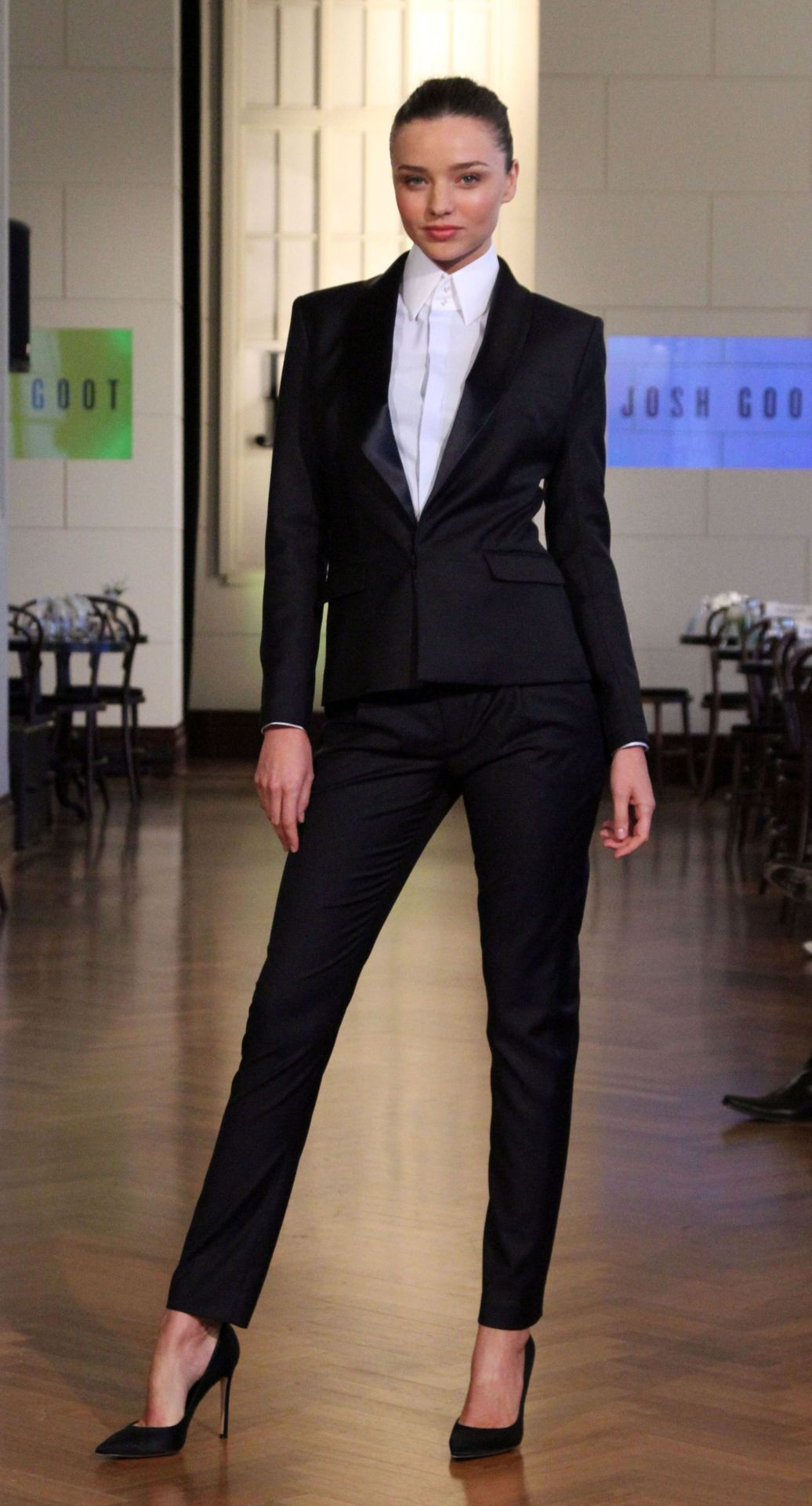 Miranda Kerr at David Jones collection Fashion, Office