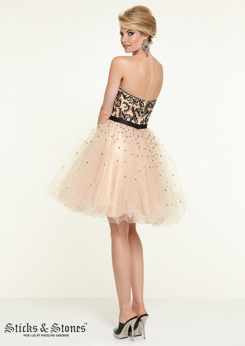 Flaunt your confidence in this sticks n stones homecoming dress