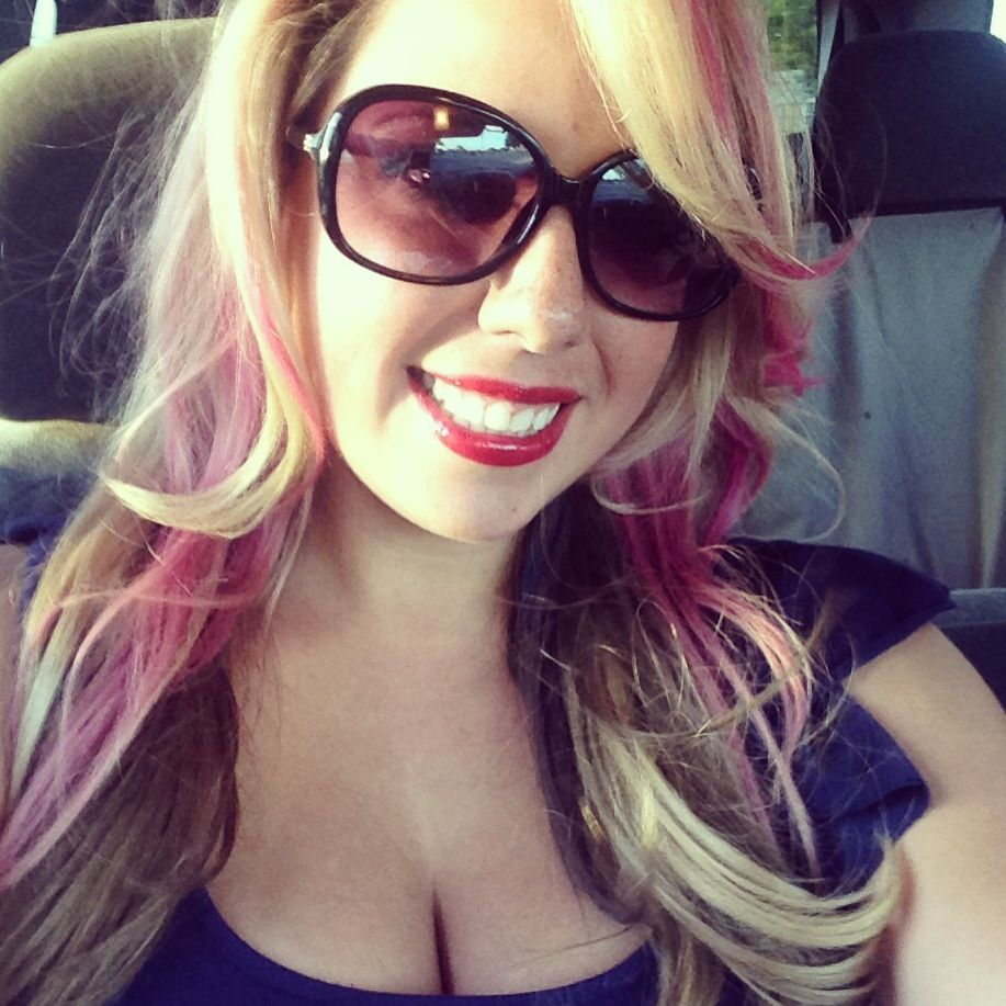 Blonde hair w brwn underneath and pink highlights | Pretty ...