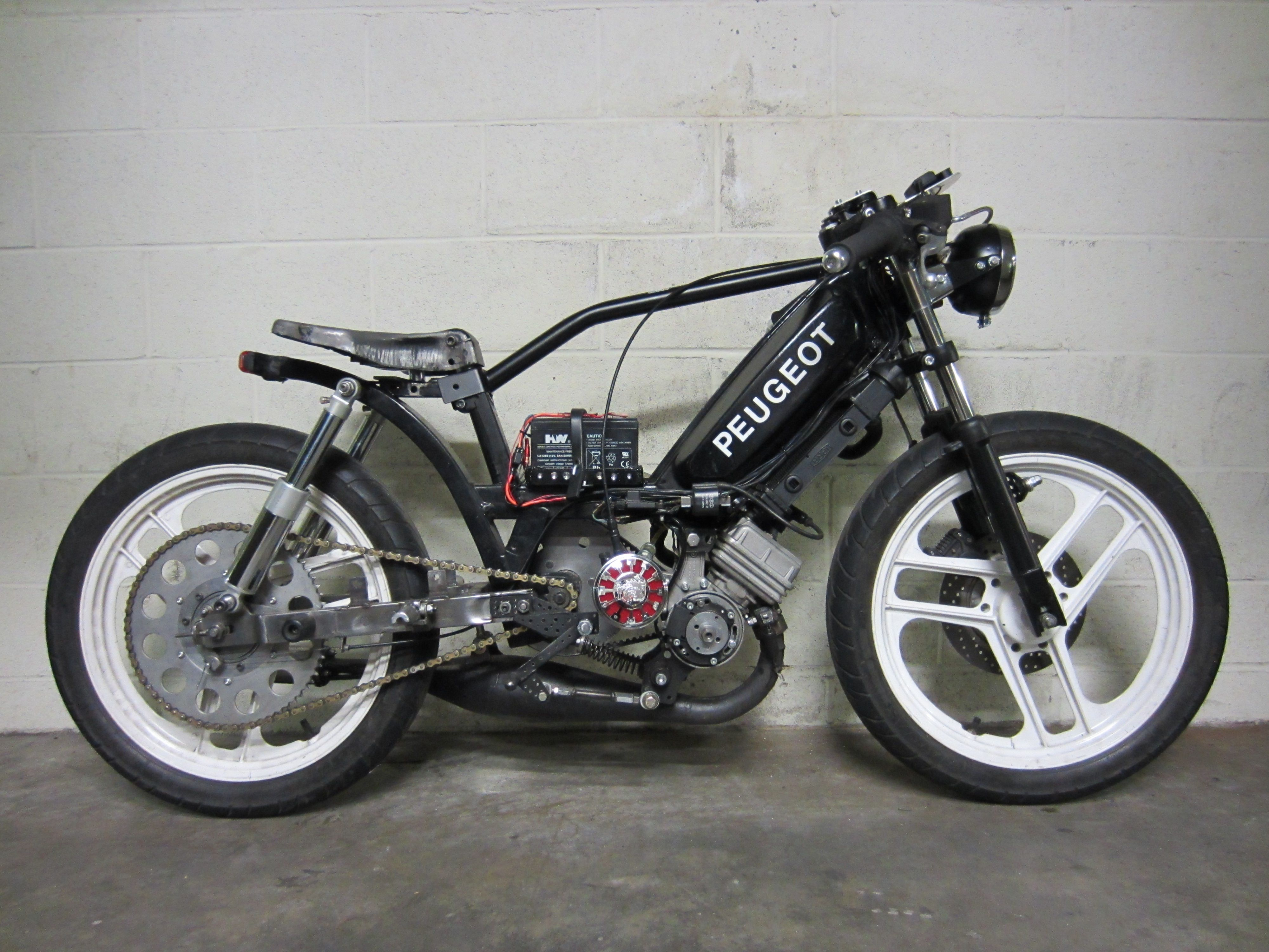 Cafe Racer Tomos Moped  Vespa
