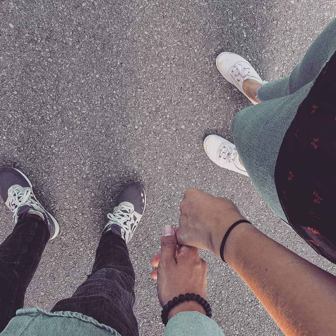 Sunday & love . . . #lyon #lyonnaise #couple #amour #instalove #dimanche #sunday #weekend #couplegoals  #vie #bonheur #profiter #withlove #clothes #baskets #h&m #asics #bracelets #photo #like #felicita #amore #paio #domenica #lavitaebella #innamorata #happiness
