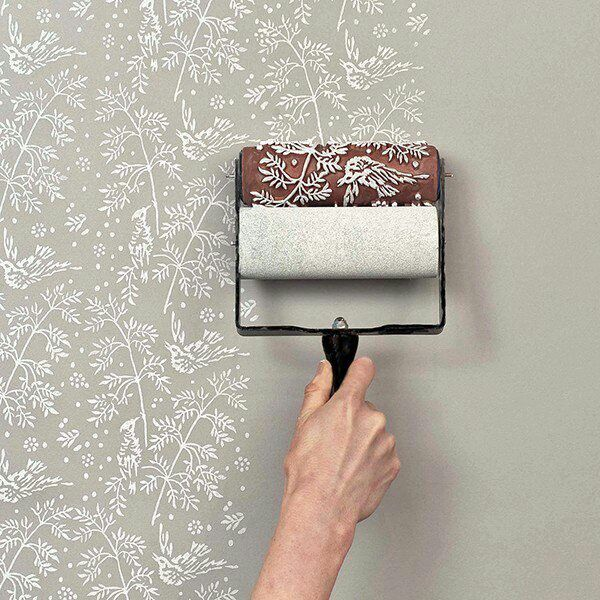 Create A Wall Pattern Using A Paint Brush With Stencil Built In