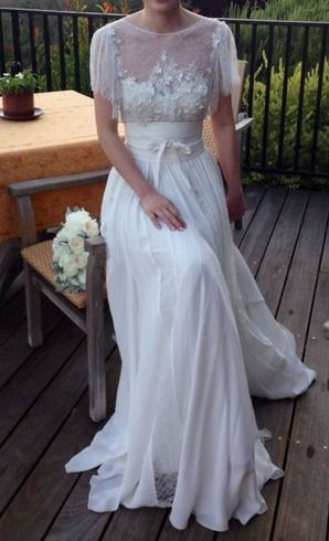 Hustle Your Bustle: Elie Saab Lorraine Wedding Dress $6990.00 ~ Hustle Your Bustle