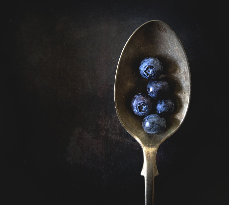 Eat strategically for youthful skin m a v e n macro