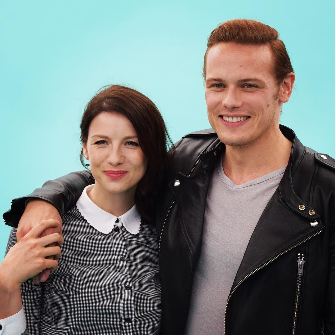 "tvguidemagazine on Instagram: ""Outlander stars Caitriona Balfe and Sam Heughan set sail on the #TVGMYacht at Comic-Con! #Outlander #SDCC #SDCC2015 #ComicCon #ComicCon2015 #TVISDCC"" Love their  matching outfits!"