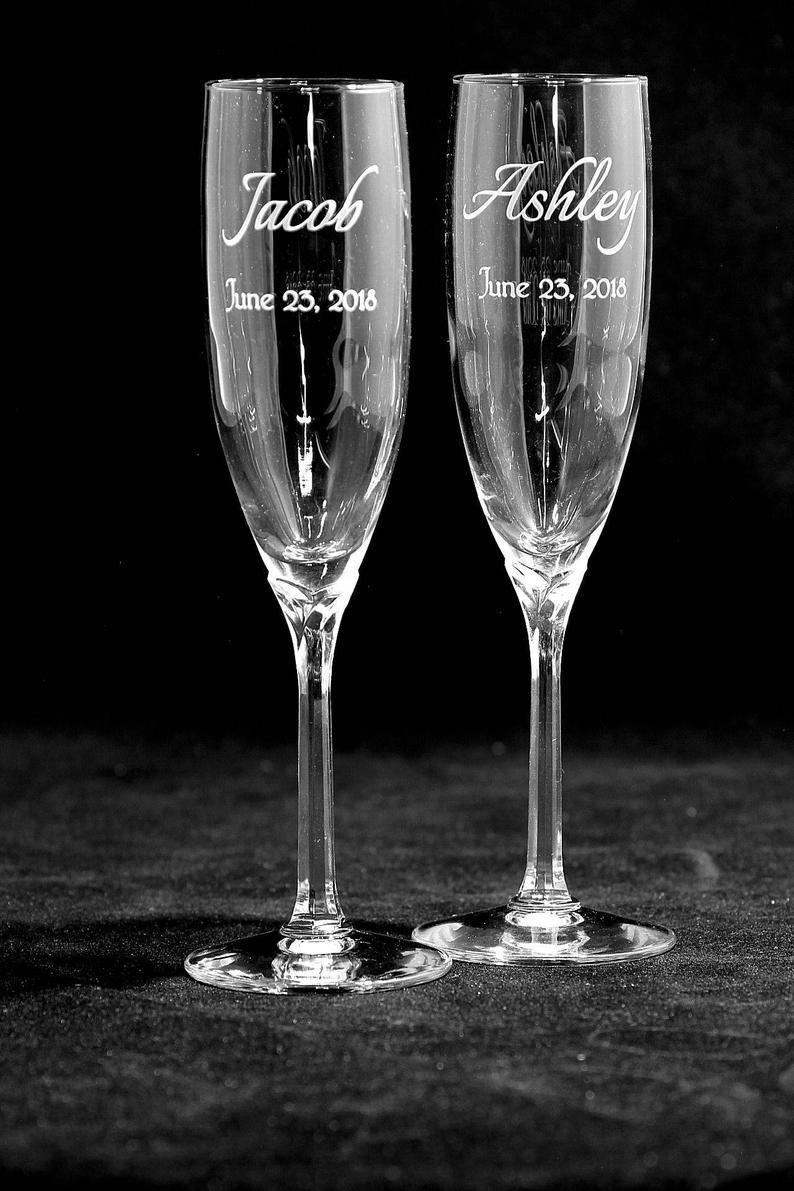 Beautiful personalized wedding toasting glasses free