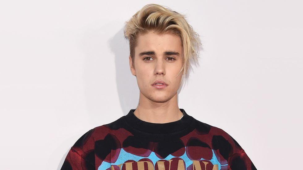 The Newest Beiber Style Is Maybe Too Edgy Adn Hard To Grow Out - Justin bieber latest hairstyle 2016