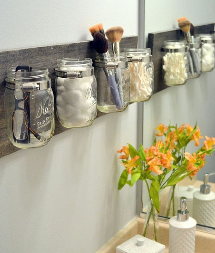 Astuce Rangement Maquillage Salle De Bain #5: Astuce Rangement Maquillage Salle De Bain Avec Bocaux Mason Jar