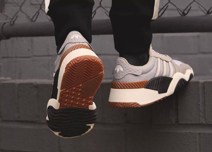 17911d53889 alexander-wang-adidas-originals-turnout-trainer-light-brown-chalk-brown-B43589  (3)