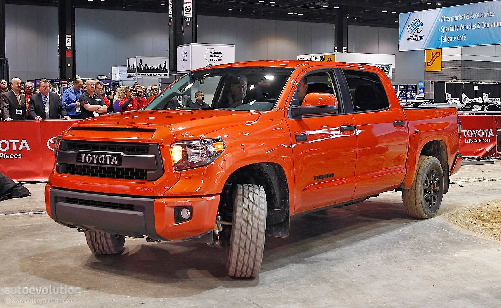 Toyota tundra trd pro details from 2014 chicago live photos_8 jpg 1757 1080 autos to consider pinterest toyota tundra toyota and cars