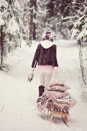 Winter atmosphere...  foto web #winter #scandinavianstyle #snow #nordiclifestyle #wood #trees #slitta #romanticwinter