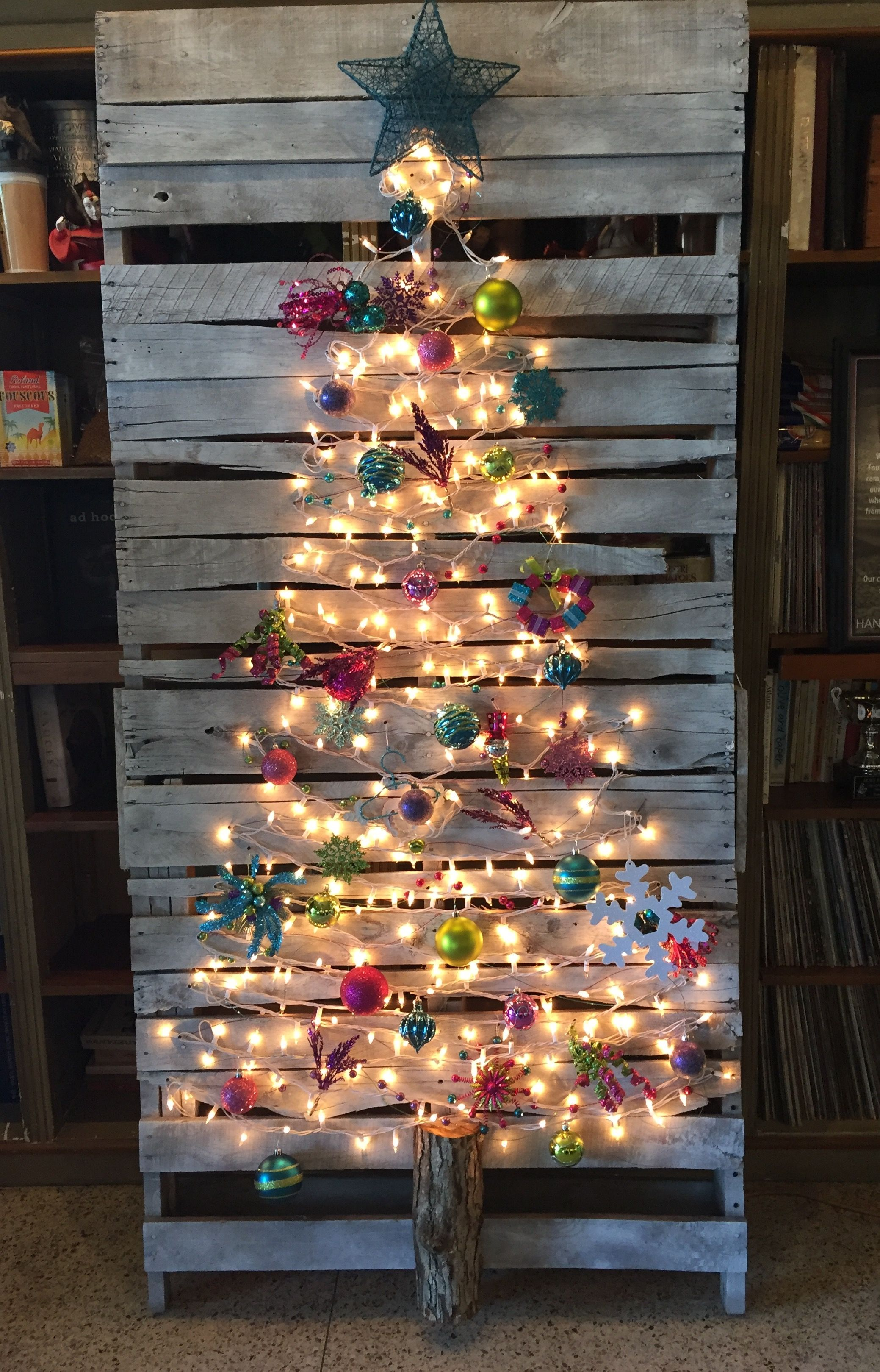 Top 20 Pallet Christmas Tree Designs To