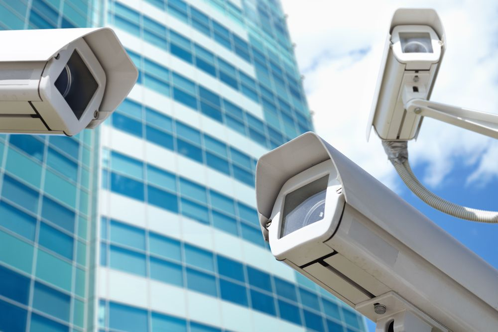 Looking For A Surveillance System Here Are 14 Of The Top Systems For Small Business Security Camera System Surveillance Cameras Security Camera