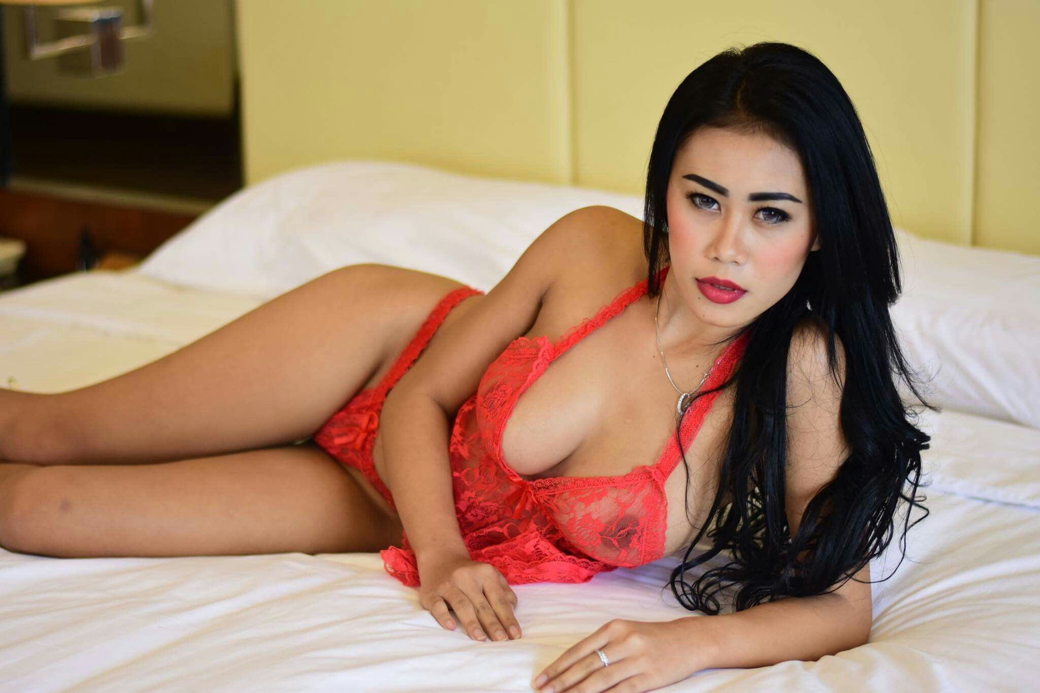 Modell Naken Sexy Indonesia