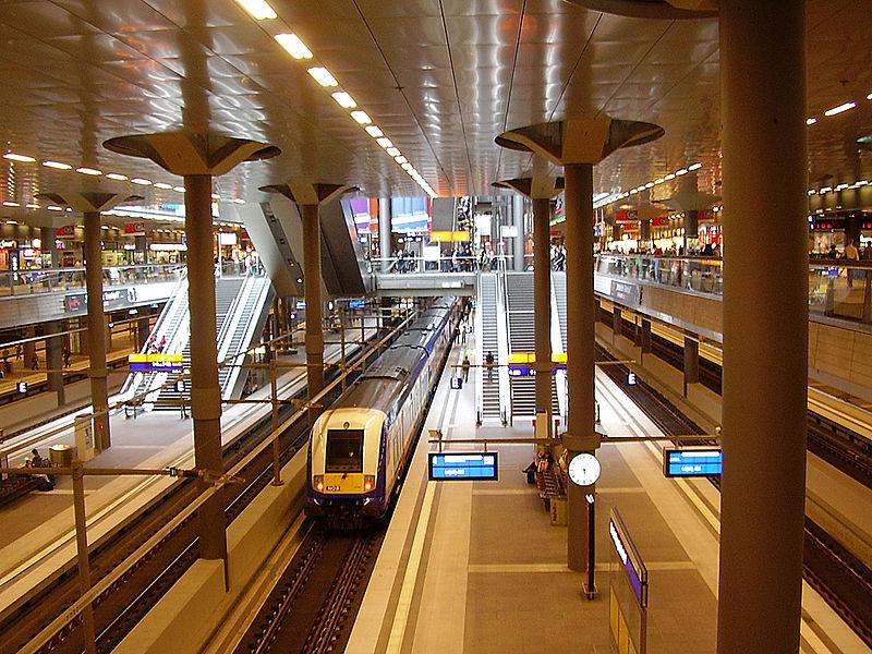 Ice Treff Frage Zu Umsteigezeiten In Berlin Hbf Tief Nach Tief Hauptbahnhof Berlin Hauptbahnhof Berlin Stadt