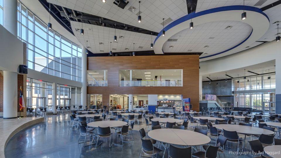 Beautiful cafeteria + learning hub | Cafeteria design ...