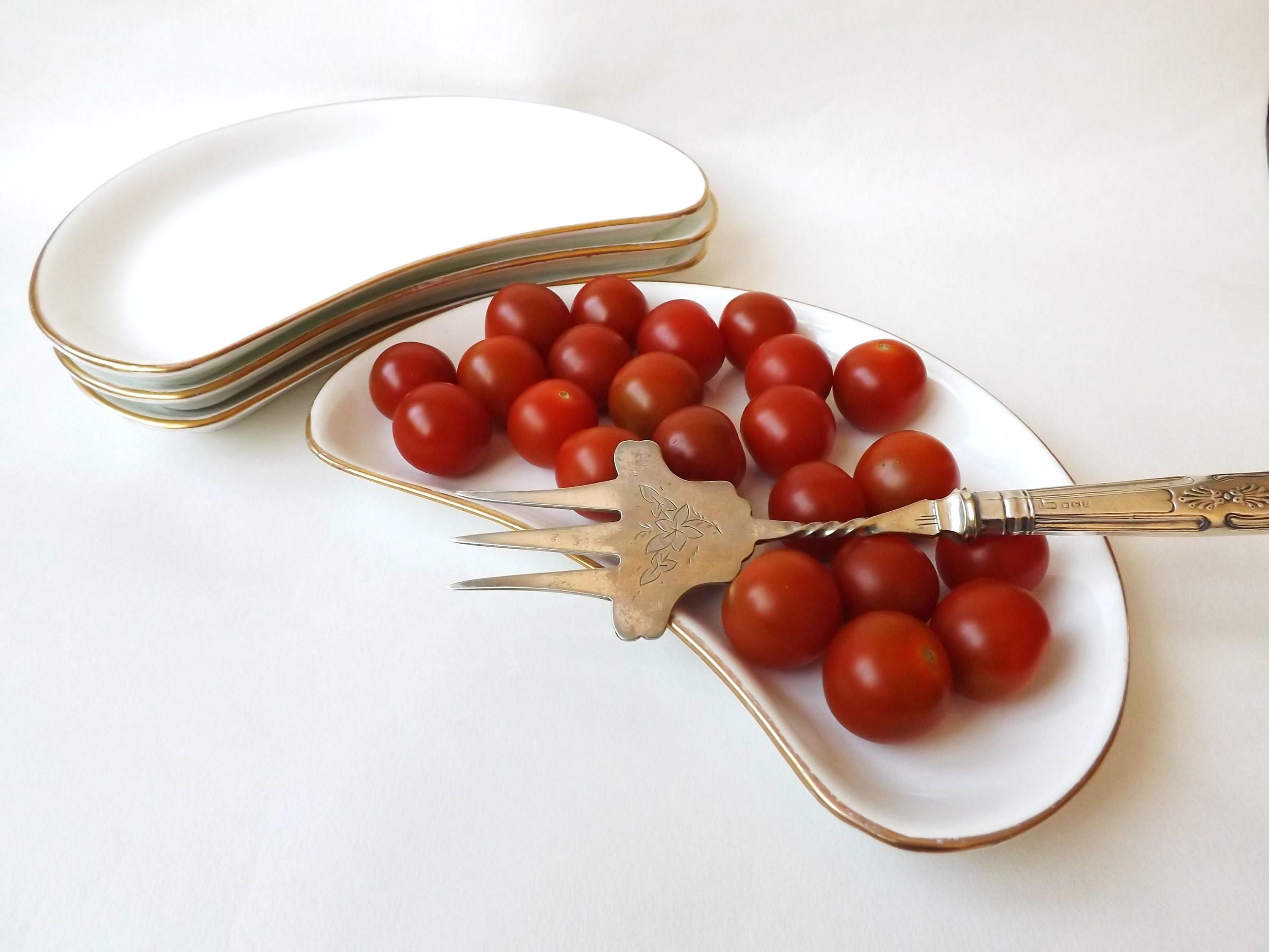 Your Place To Buy And Sell All Things Handmade Serving Food Food Plating Antique Plates