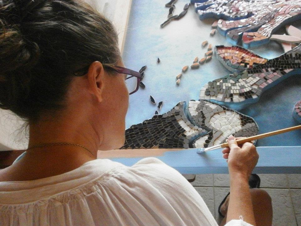 ©Susan Rudolf Mosaics ~ painting the frame for Silencio