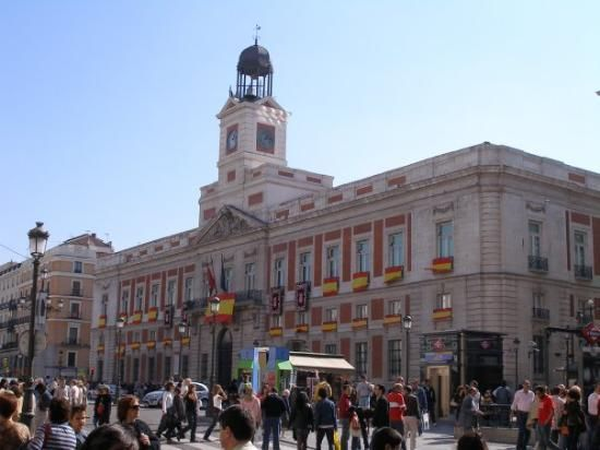 Puerta Del Sol Gateway Of The Sun The Hub Of The City Large Urban Plaza With Many Statues And Monuments Trip Advisor Madrid Spain Travel