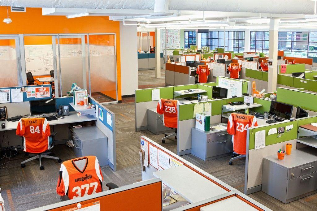 The Amazingly Fun Snagajob Headquarters Sayeh Pezeshki La Brand Logo And Web Designer Innovative Office Office Interior Design Commercial Design