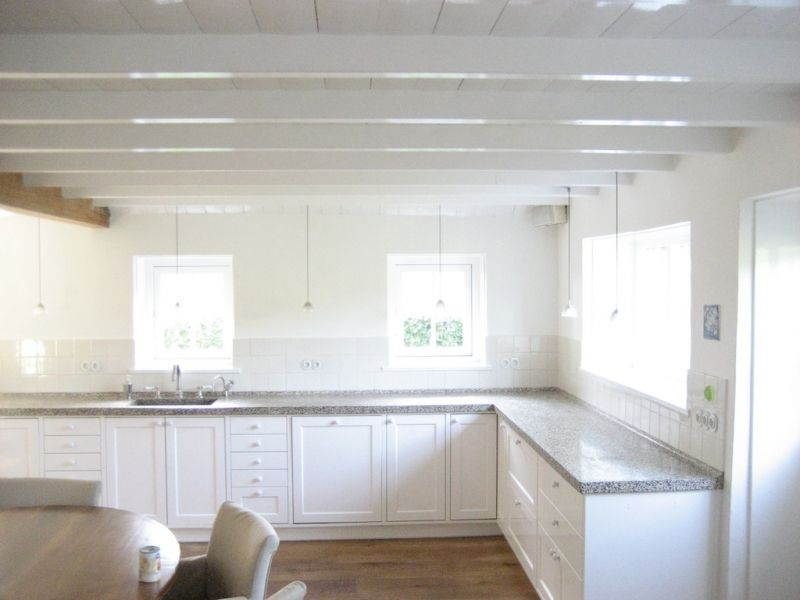 Balken plafond google search balken wit of houtkleur plafond pinterest balken plafond - Houten balkenplafond ...
