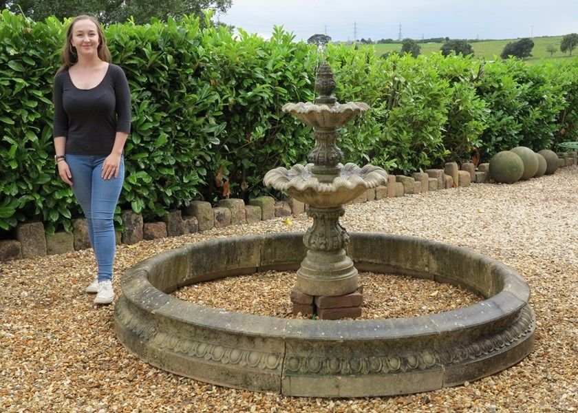 A Wonderful Antique Garden Fountain And Surround An Ideal Feature For Any  Garden Traditional In Style Or Modern. This Would Also Look Good In The  Centre Of ...