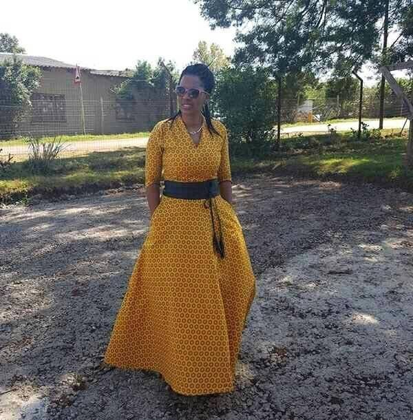 Shweshwe Designs For 2017: Collection Shweshwe Dresses 2017 African Woman