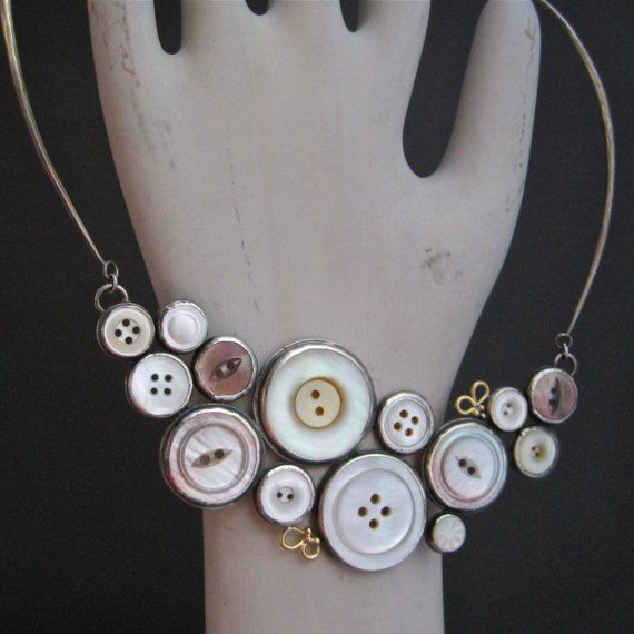 vintage button necklace Button Lovelys Pinterest Button