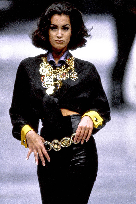 Versace Fall 1991 Ready-to-Wear Fashion Show - Yasmeen Ghauri