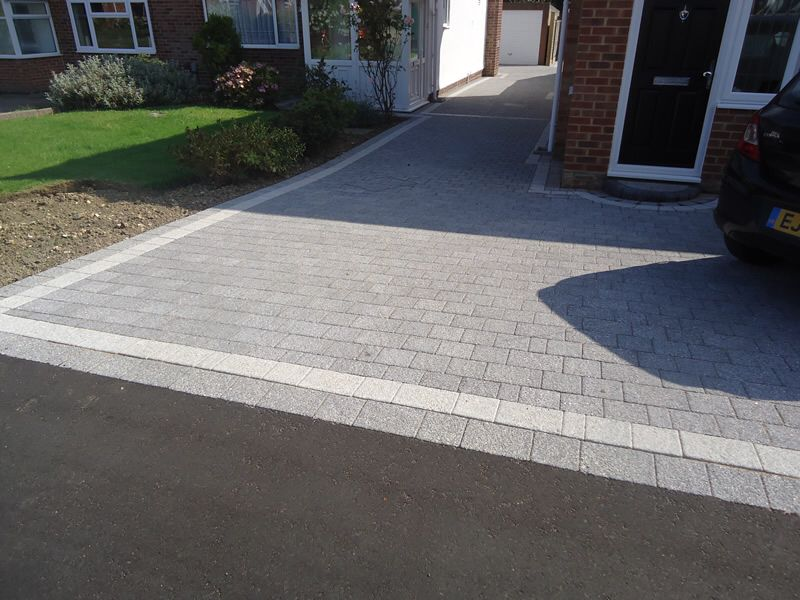 Another Grey Example In Dry Conditions Garden Ideas Driveway Driveway Design Block Paving Driveway
