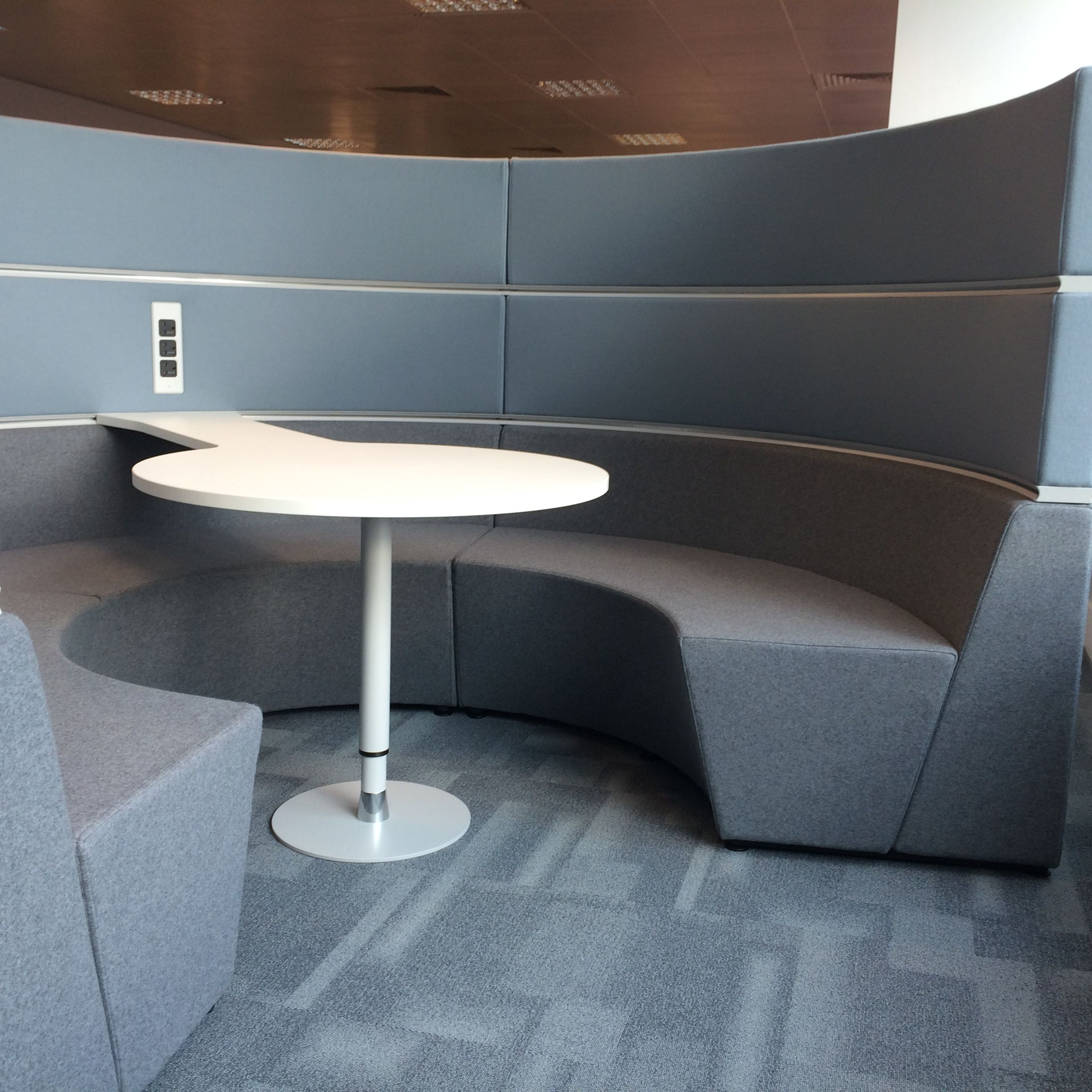 Creed Miles Installed Various Away From The Desk E Agile Working Areas Into London Office