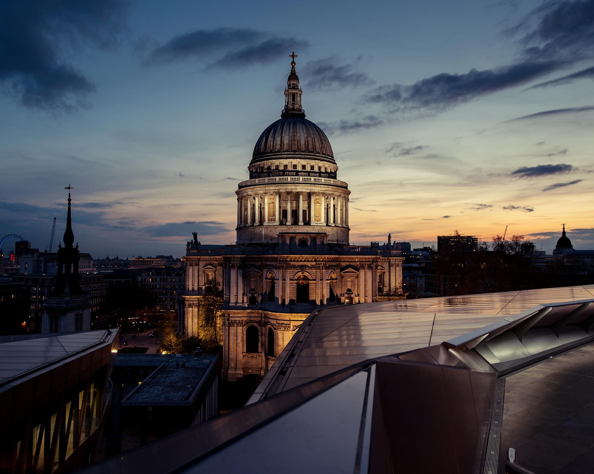 St Paul's Cathedral from the Madison - not a bad view for afterwork drinks!?