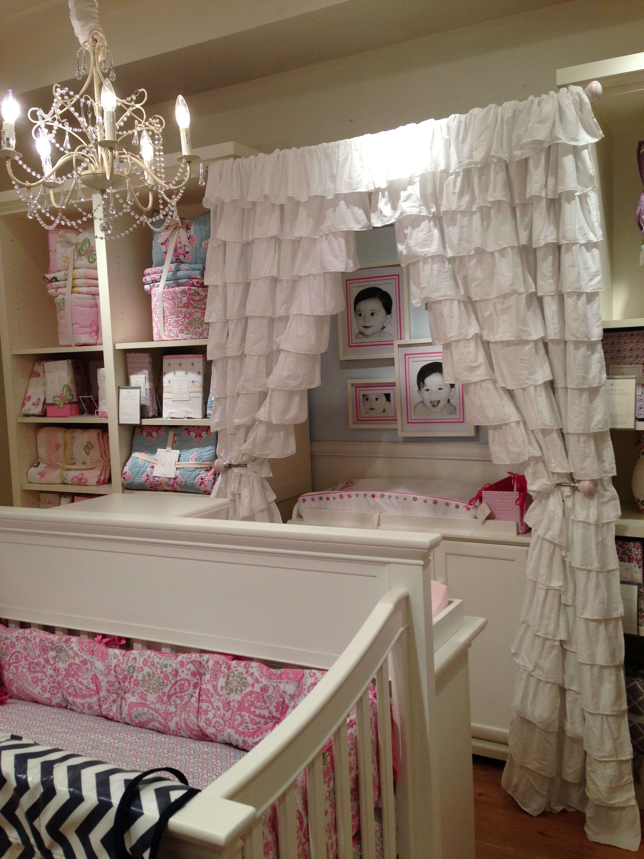 Love The Layered Look Pottery Barn Toddler Bed Room