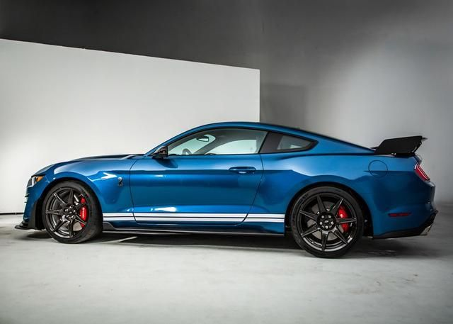 Mustang Gt500 Vs Challenger Redeye Vs Camaro Zl1 How Do They