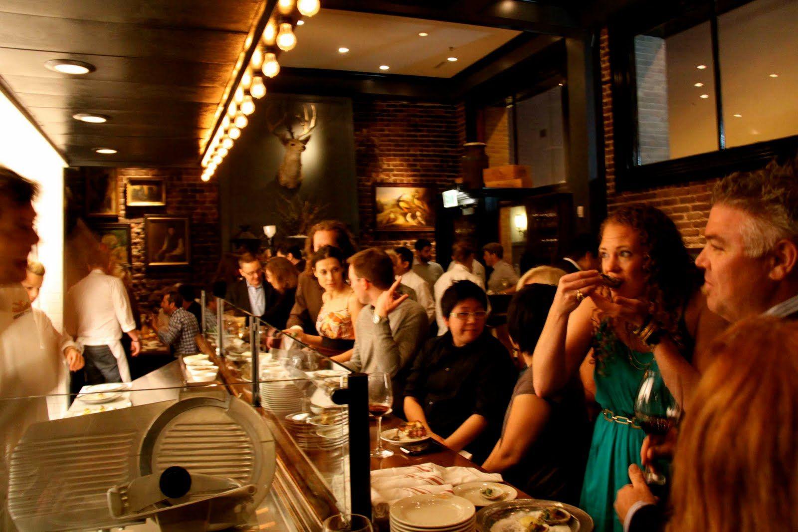 busy restaurant bar