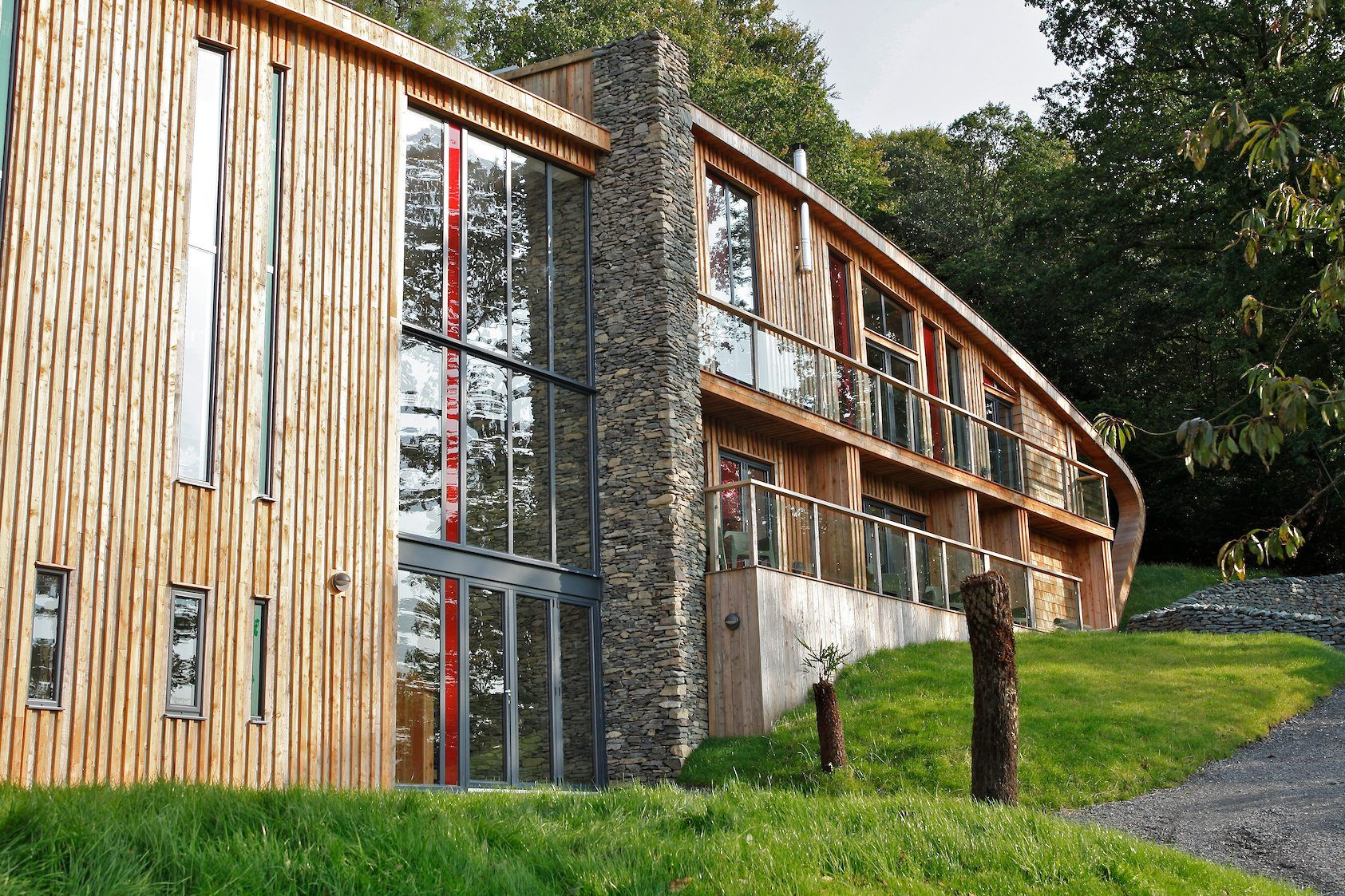 Featured on TV Lake house, Grand designs, Express bi