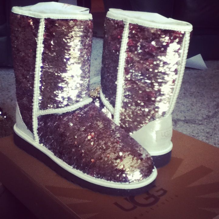 Champagne Sparkle Uggs
