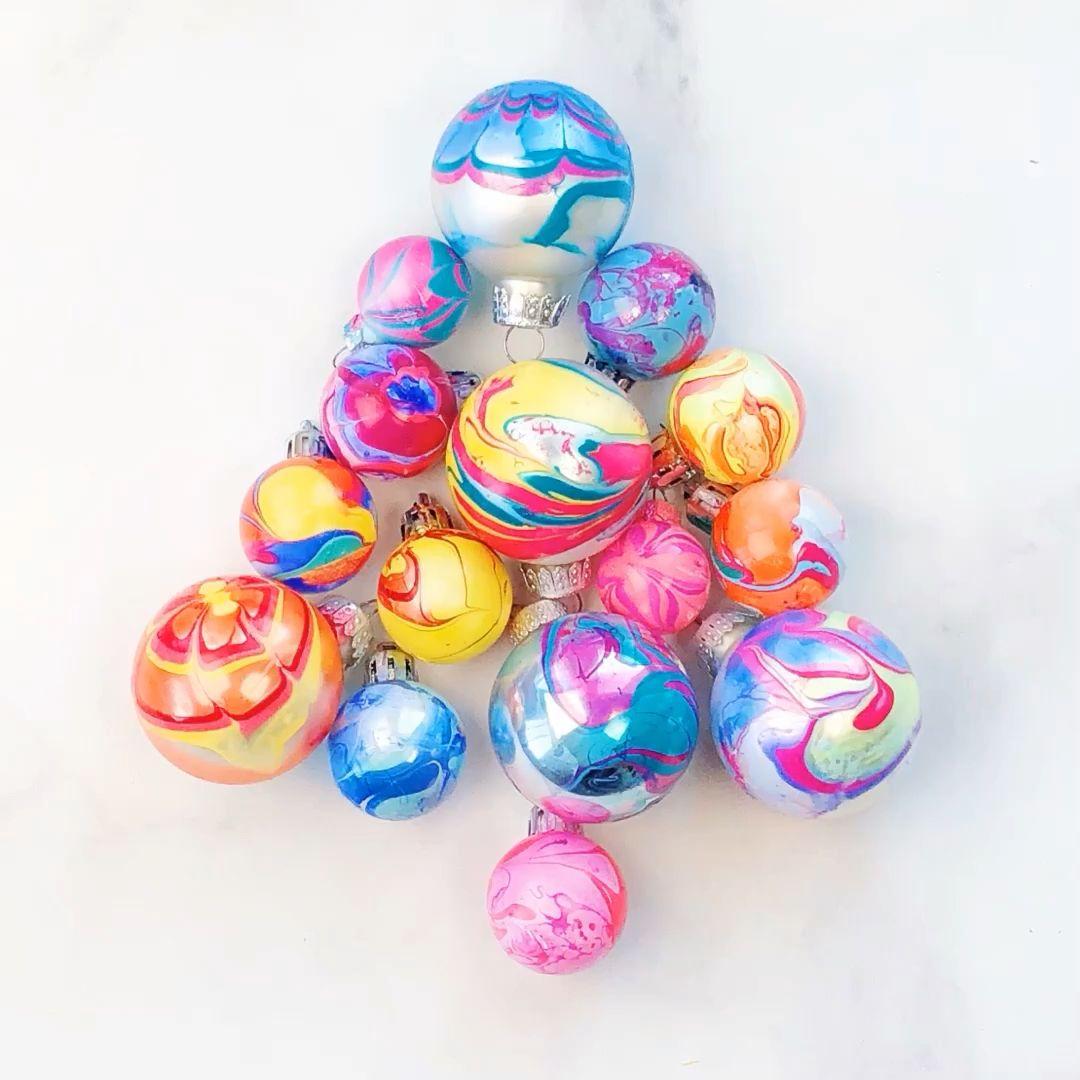 Nail Polish Marbled Ornaments  #diychristmasornaments