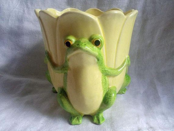 Vintage Frog Planter 3 Frogs And Yellow Tulip 5 Tall 4 Diameter Whimsical Ceramic Garden Lover